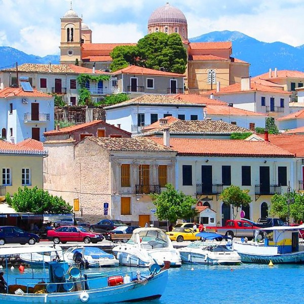 ASIT's 11 day Greece mainland tour package includes a visit to the colourful harbour at Galaxidi