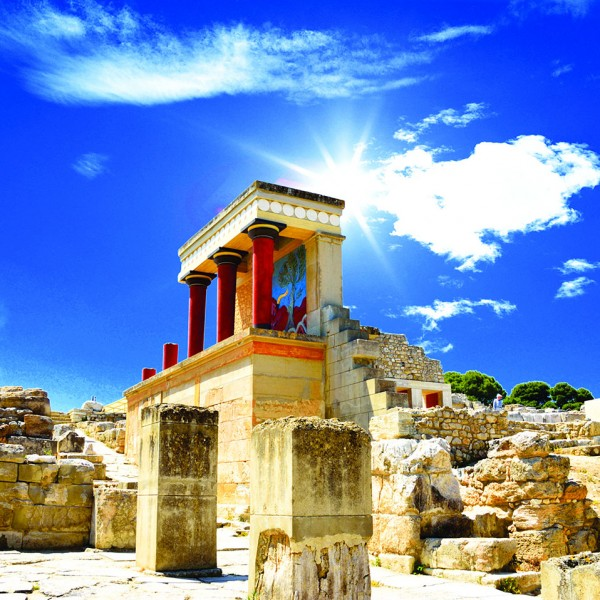 Blazing sun over the ruins of Knossos Palace on the ASIT Athens, Santorini & Crete vacation tour