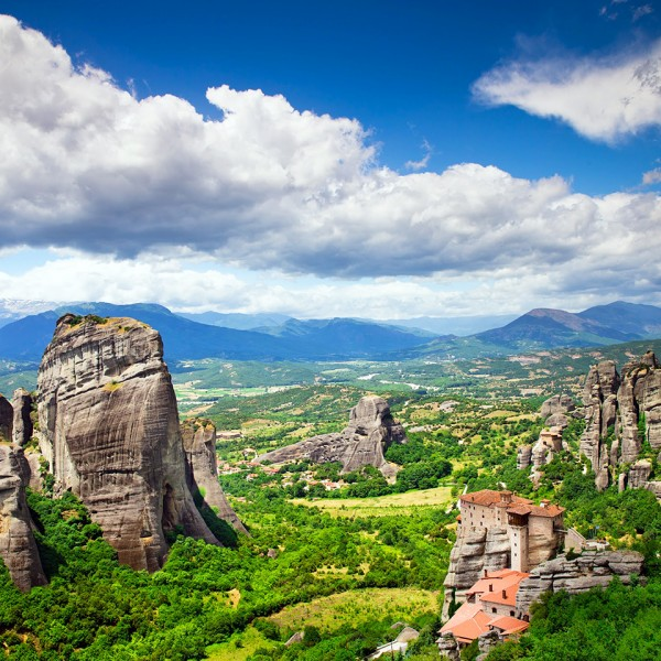 Rock formations, monasteries, mountains & clouds in the Meteora valley on the ASIT 5 day winter tour