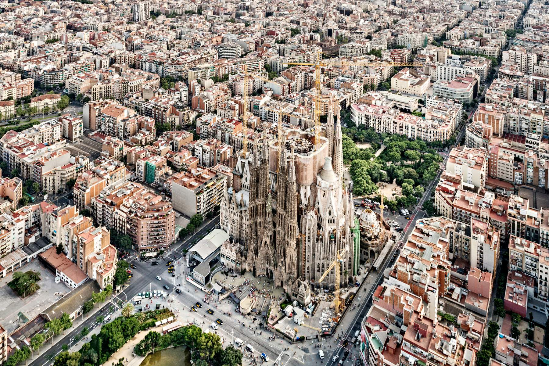 52 places to go in 2016 asit greece for Barcelona famila